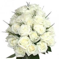 Белый букет невесты из роз – дань традициям прошлого