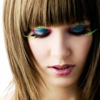 Секреты ухода за наращенными волосами