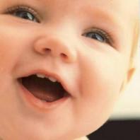 Как видеоняня Angelcare AC 1100 поможет защитить вашего малыша?